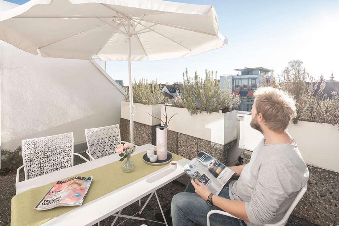 Hausarzt Sillenbuch - Ellinger - entspannen Sie auf der Terrasse unserer Praxis